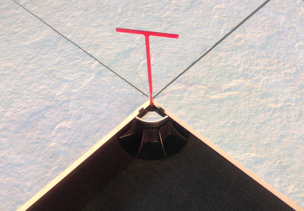 Nurajack with Adjustment Key