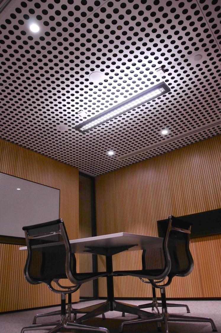 Qantas Meeting Room