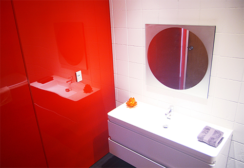 Invibe™ panel provides a low maintenance solution for a bathroom renovation project at a Bayview rental property