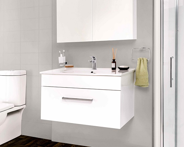 LeVivi York with Anya Mirror Cabinet